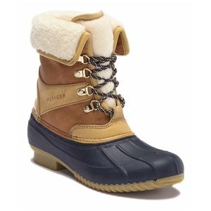 Tommy Hilfiger Snow Boot size 5